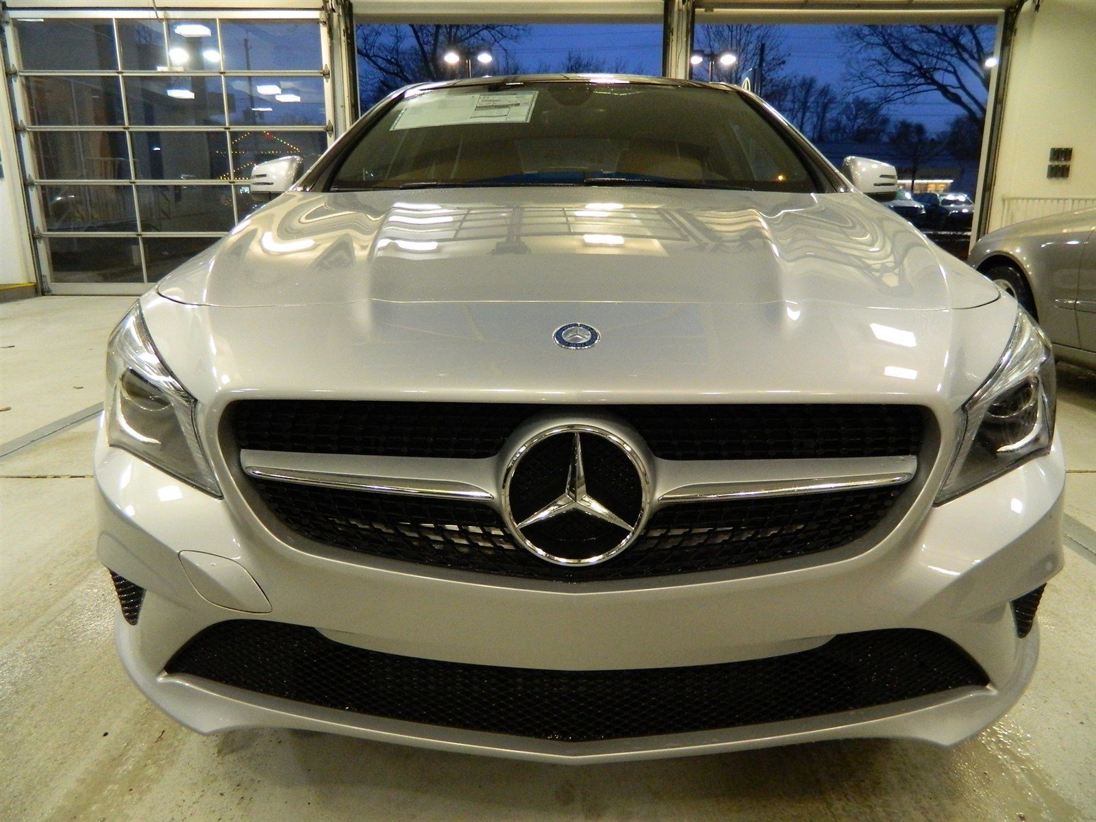 Courtesy vehicle specials mercedes benz of princeton for Mercedes benz of flemington